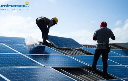 En los últimos años la energía solar fotovoltaica ha ido evolucionando a tal grado que se ha convertido en un principal generador de energía solar a nivel residencial, comercial e industrial. Sin embargo, este crecimiento abre muchas interrogantes en aquellos que buscan ahorrar en su recibo de luz. Sabemos que la información acertada es de […]